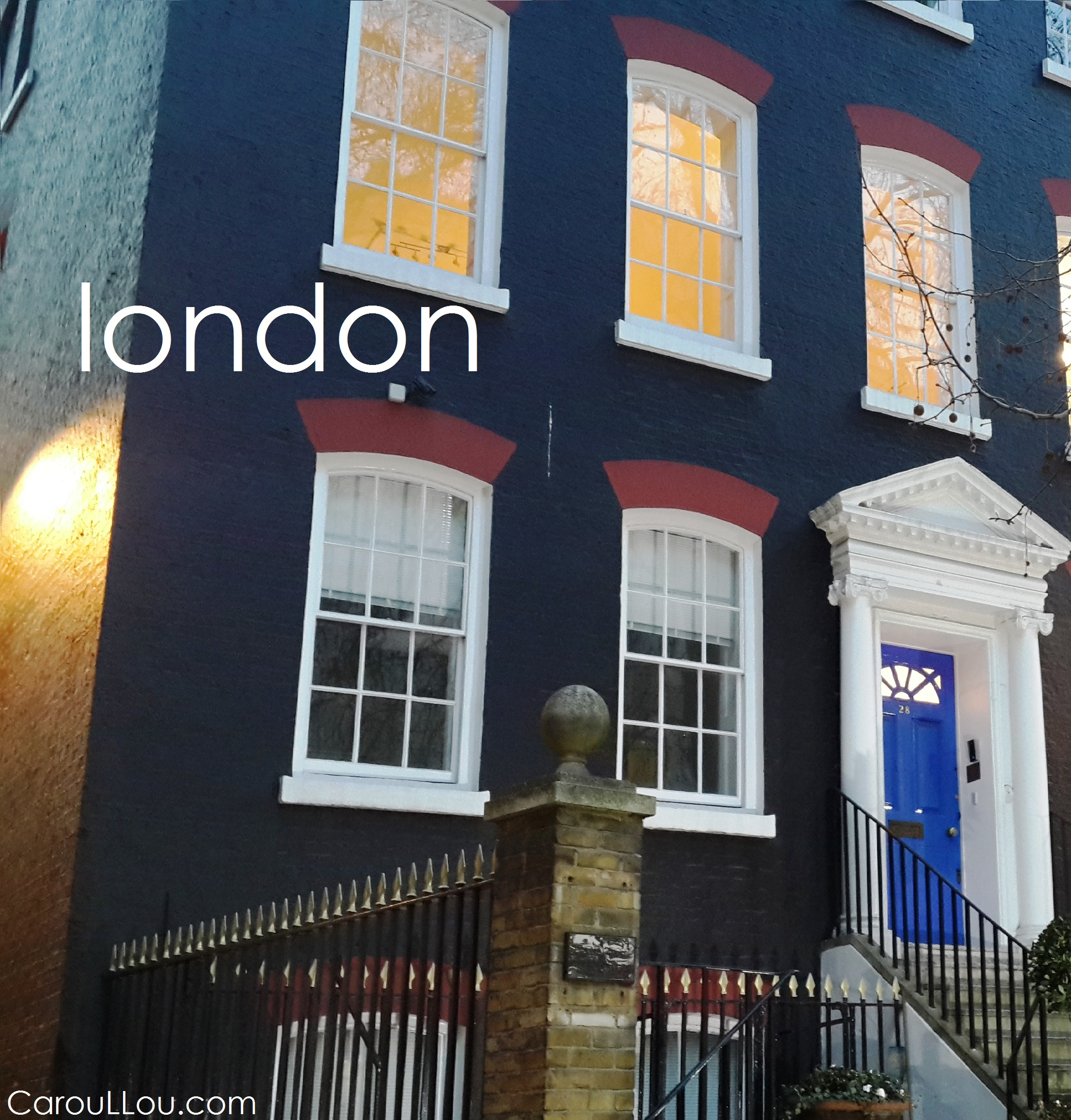 CarouLLou.com CarouLLou in London perspective house +-